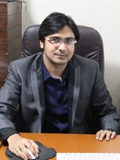 Dr Shreyans Mutha -  at Medlinks - Gurgaon