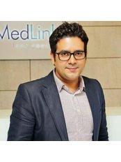 Dr Pankaj Chaturvedi - Doctor at MedLinks