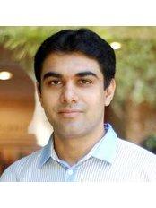 Dr Varun Katyal - Doctor at The Skin Centre