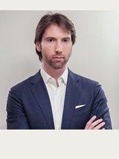 Dott Marco Ugolini-Centro Medico Agora - Via Gorani 1, Milano,