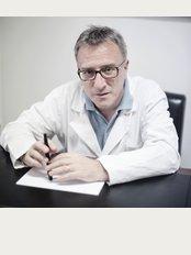 Dr Roberto Benucci - Via Carlo Poma 2, scala F, Int. 2/B, Roma, 00195,