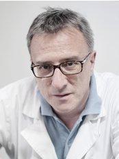 Dr Roberto Benucci - Via Carlo Poma 2, scala F, Int. 2/B, Roma, 00195,  0