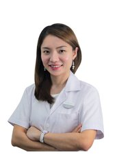 Dr Teh Sheau Jye - Practice Director at BeauLife Clinic