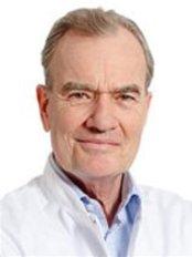 Dr Boy Bruijninckx - Doctor at Helder Kliniek - Zeist