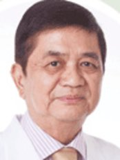 Dr Efren Palabyab - Doctor at Palabyab Skin Clinic