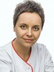 Dr Honorata Fabianczyk -  at Esteticon Centrum Dermatologii
