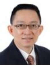 Sze Hon Chua - Consultant at National Skin Centre