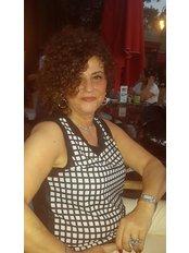 Frau Idil  Ozkan - Internationale Patientenkoordinatorin - Medlife Zone