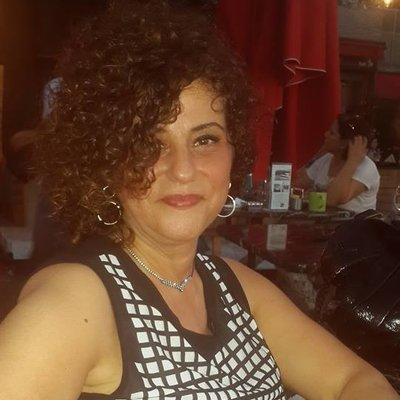 Frau Idil  Ozkan