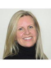 Dr Liz McLean - Surgeon at Inskin Group