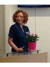 Mrs Julie Johnson - Practice Director at Inskin Group