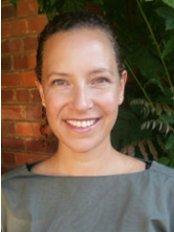 Dr Danielle Greenblatt - Dermatologist at Eudelo - Harley Street Clinic
