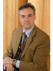 Dr Roberto Verdolini - Dermatologist at The London Dermatology Centre
