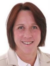 Dr Jackie Crawford - Doctor at Churchill Hospital