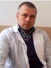 Dr Anatoli Pacov - Doctor at Viva Clinic
