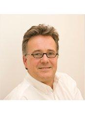 Dr Christian Carl -  at Orthopädische Gemeinschaftspraxis