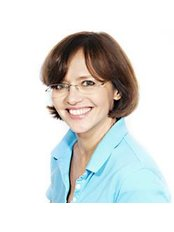 Dr Susanne Claudia Neumayer - Doctor at Pediatricians at Lehel