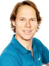 Dr Peter Schwick - Doctor at Pediatricians at Lehel