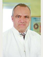 Dr. Willner Péter  - Proctoline - Dereglye u. 5/B, Budapest, 1036,