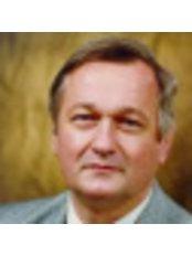 Prof Acsady Gyorgy - Surgeon at Semmelweis Egészségügyi Kft.