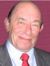 Prof Roy Homburg, - Doctor at Polycystic Ovary Syndrome Diet - Zikhron Ya'akov
