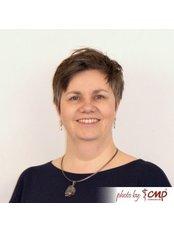 Dr Malgorzata Zaras - Ophthalmologist at CMP Medical Center