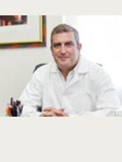CACV - Consultório de Angiologia and Cirurgia Vascular - Far - Rua Sport e Benfica, Nº 6 - B, Faro, 8000544,