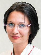 Regina Maria-Pitesti Bratianu - Bulevardul I. C. Bratianu Nr. 48-52, Pitesti,  0