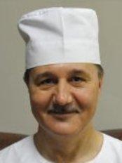 Dr Sergey Leonidovich Lozhnikov -  at Medical Center Health-Pilot Pilyutova