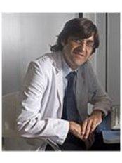 Dr Carlos Martinez - Doctor at Neumologos Barcelona