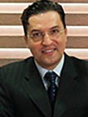 Dr Tamer Tas -  at Florya Cerrahi