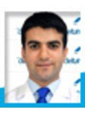 Dr Osman Khalid Pine - Doctor at Ozel Kucukyali Delta Hospital