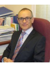 Dr Richard Barrett - Doctor at Tynycoed Surgery