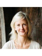 Ms Vida Woods - Consultant at HealthSpace