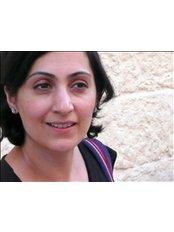Shabana Chaudhari - Doctor at Blossoms Healthcare City of London
