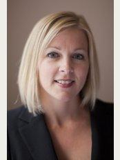 Blossoms Healthcare Canary Wharf - Dr Lianne De Maar