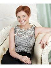 Dr Pixie McKenna - General Practitioner at Freedomhealth Online