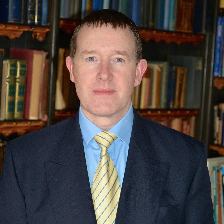 Mr Ian Reilly FCPods DMS - The Woodland Hospital