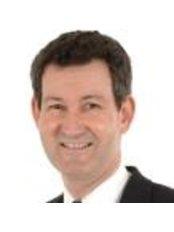Mr Robert Briggs -  at The Royal Victorian Eye And Ear Hospital-Taralye