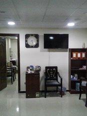 dr. hisham elbadan clinic - waiting area