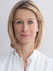 Dr Susanne Staudenmaier -  at Prof Dr med Staudenmaier