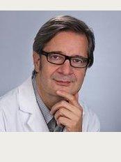 Dr. Med. Karl Matthias Gieringer - Kaiser-Friedrich-Ring 47, Wiesbaden, 65185,