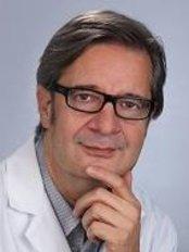 Dr. Med. Karl Matthias Gieringer - Kaiser-Friedrich-Ring 47, Wiesbaden, 65185,  0