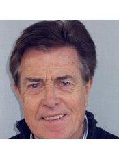 Dr Helmer Kuhn Hardt - Doctor at Dr. Med. Karl Matthias Gieringer