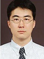 Mr Shin Gwang Soo -  at Seol Jae Yoon-Cheongju Branch