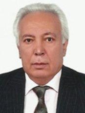 Dr Ali Özbek -  at Kulak Burun Bogaz ve Estetik Cerrahi Merkezi