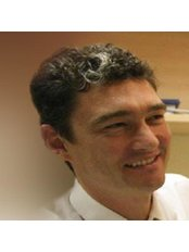 Dr Peter Sumich - Surgeon at Hunter Street Laser Eye Surgery Specialists