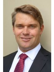 Dr Simon Nothling -  at Retina & Macula Specialists - Hurstville