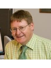 Dr Peter Montgomery - Doctor at Gold Coast Eye Clinic