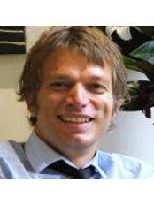 Mr David Cropman - Ophthalmologist at NewVision Clinics - Cheltenham